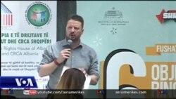 Të rinjtë shqiptarë dhe politika