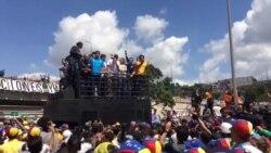 Miles de Venezolanos salen nuevamente a las calles.