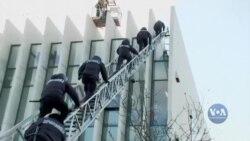 Захід занепокоєний політичною кризою, яка розгортається у Грузії. Відео