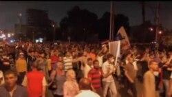 2013-07-13 美國之音視頻新聞: 支持及反對穆爾西的團體在開羅集會