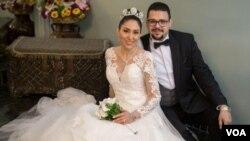 نیلوفر ابراهیم و سعید طهماسبی زوجی که برای برپایی مراسم عروسیشان به ایران آمدند و در راه بازگشت جان باختند