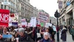 Londra'da Kadınlar 'Şiddete Karşı' Yürüdü