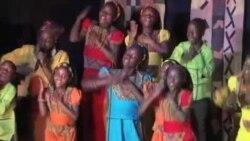 乌干达孤儿用歌声展现希望