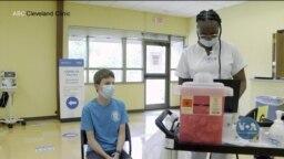 Як у США намагаються вберегти дітей від коронавірусу на початку навчального року. Відео