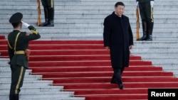 中国国家主席习近平抵达人民大会堂参加仪式。(2019年10月25日)