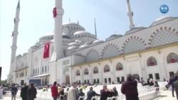 Erdoğan'dan Türkiye'nin En Büyük Camisinde İlk Cuma Namazı