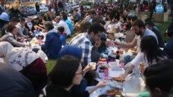 İzmir'de İftar İçin Yeryüzü Sofrası
