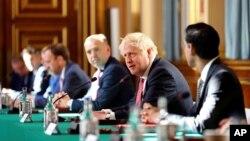 Засідання британського кабінету міністрів на чолі з Борисом Джонсоном. Лондон 21 липня 2020 р.