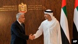 야이르 라피드 이스라엘 외무장관이 29일 아부다비를 방문해 아흐메드 알리 알사이그 UAE 외무장관과 만났다.
