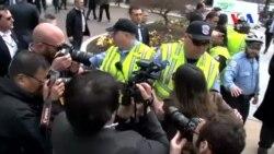 Brookings Enstitüsü Önünde Protesto