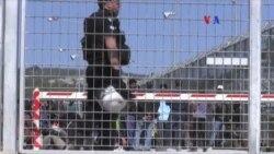 Grecia suspenden deportación de refugiados a Turquía