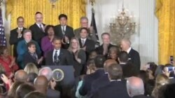 奥巴马召集国会领导人举行财政会谈
