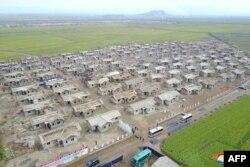 북한 조선중앙통신이 12일 황해북도 은파군 대청리 수해 복구 현장 사진을 공개했다.