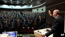 استنبول: اردوان جمعرات کو ترک پارلیمان کے اجلاس سے خطاب کرتے ہوئے۔