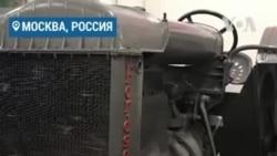Одинокий трактор