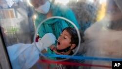 时事大家谈:群体免疫遥不可及?下一个抗疫目标是什么?印度疫情刷新了我们对病毒的哪些认识?