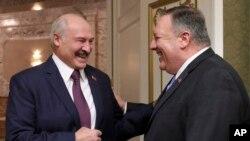 Госсекретарь США Майк Помпео и президент Беларуси Александр Лукашенко в Минске 1 февраля 2020 года.