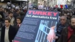 'Türkiye Eleştirilere Açık Olmalı'