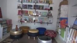 Les déchets transformés en meubles en Guinée (vidéo)