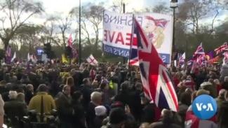 Embattled British PM Survives Confidence Vote