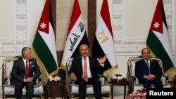 د عراق صدر برهم صالح د اردن له پاچا - ملک عبدالله - او د مصر له صدر - عبدالفتاح السیسي سره وکتل