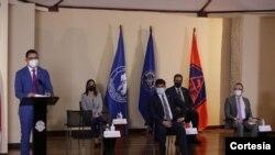 Conferencia de prensa en la que el gobierno de Costa Rica se anunció la firma del convenio con AstraZeneca. [Foto: cortesía Presidencia].