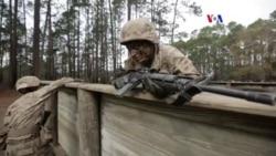 Mujer de la Infantería de Marina rompe barreras