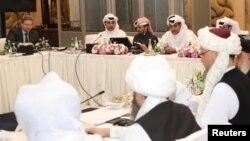 Perundingan delegasi Taliban dengan delegasi AS di Doha, Qatar yang kini masih macet (foto: dok).