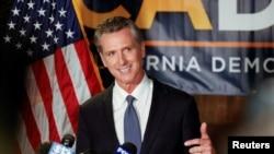 加利福尼亚州州长纽森在加州民主党总部发表讲话(2021年9月14日)