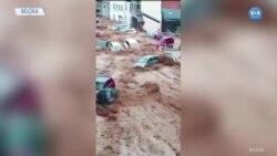 Belçika'da Sel Araçları Sürükledi