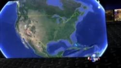 美国掠影:德州警方解救百余拉美人蛇;美军高官因婚外情上军事法庭;消防员勇救北加州灌木林火;裸体瑜伽为自信