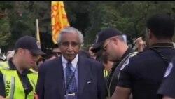 2013-10-09 美國之音視頻新聞: 美國移民集會 部份議員被捕