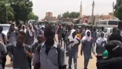 Manifestation d'étudiants contre les militaires au Soudan