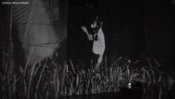 Edison Peñafiel explora la inmigración con una obra multimedia