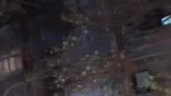 فیلم ارسالی شما: ماموران با موتورسیکلت به مردم در خیابان کارگر حمله میکنند