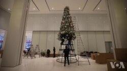 走进纽约圣诞装饰的大库房
