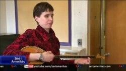 Historia e veçantë e Carrie Hooper-it dhe adhurimi i saj për shqiptarët