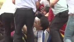 Fan Trung Quốc giẫm đạp tranh nhau gặp Beckham