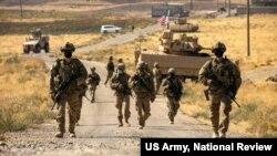 نیروهای آمریکایی در حال گشت زنی در سوریه. ۲۷ اکتبر ۲۰۲۰