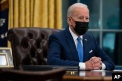 Từ phòng Bầu dục tại Nhà Trắng, Tổng thống Joe Biden phát biểu về vấn đề di dân, 2/2/2021