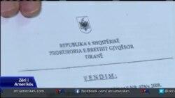 Shqipëri: Përgjimet dhe politika