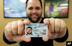 미국 워싱턴주에서 받을 수 있는 '리얼아이디' 운전면허증 샘플.