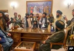 Taliban menguasai Istana Presiden di Kabul, Afghanistan tanpa pertumpahan darah, 15 Agustus 2021.