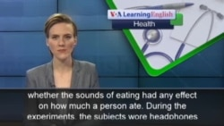 The Health Report: Listening to Yourself Eat Could Make You Eat Less