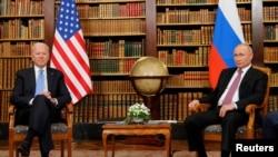 U.S. President Joe Biden and Russia's President Vladimir Putin meet at Villa La Grange in Geneva, Switzerland, June 16, 2021.