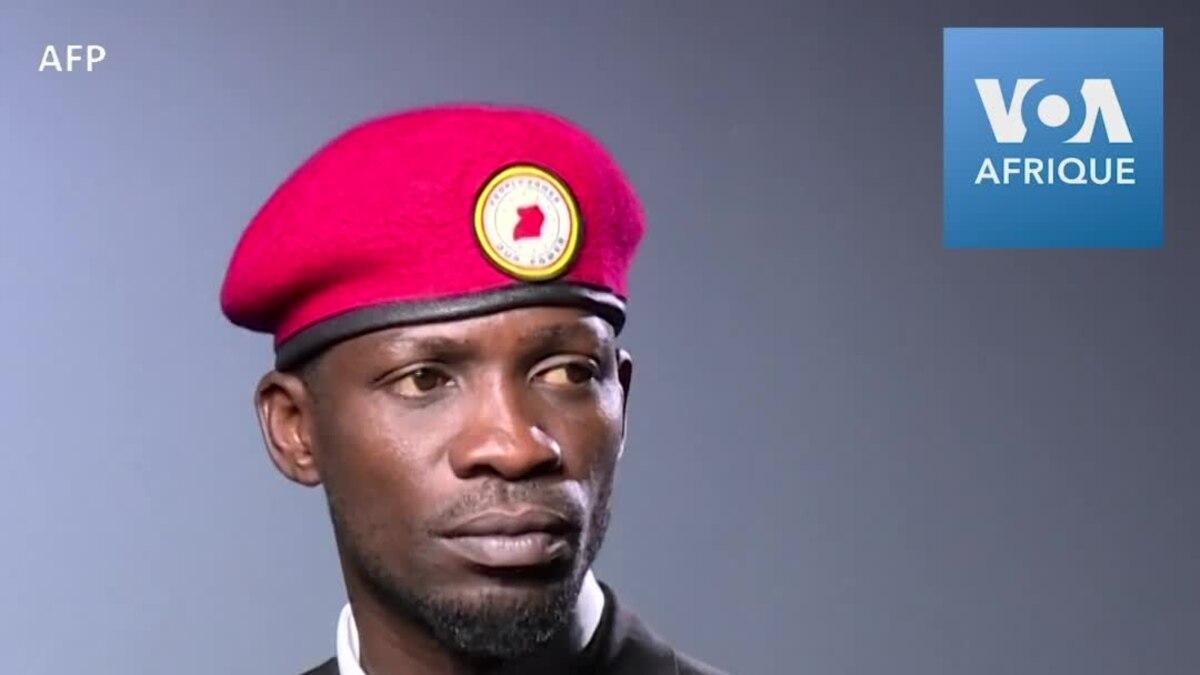 Voice of America: L'Ouganda interdit le port du béret rouge, symbole de l'opposition