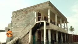 طالبان کے تباہ کیے ہوئے اسکول تعمیر کے منتظر