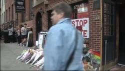 Ньюйоркцы почтили память убитых в Орландо