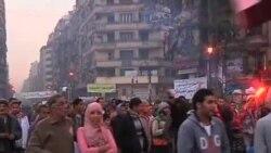 埃及民众抗议宪法草案 国家法院罢工
