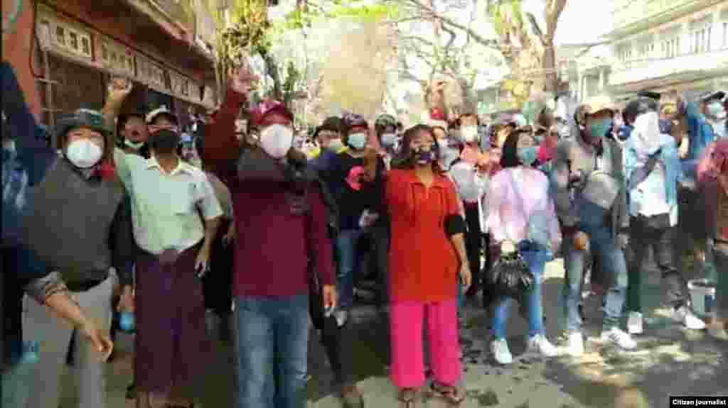 ကေလးၿမိိဳ႕ဆႏၵျပပဲြ ျမင္ကြင္း။ (ဓာတ္ပံု - Citizen Journalist - မတ္ ၂၊ ၂၀၂၁)